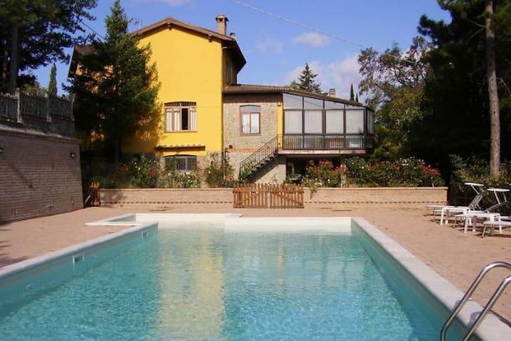 Schönes Haus mit Pool Toskana - Scheggia - Talo