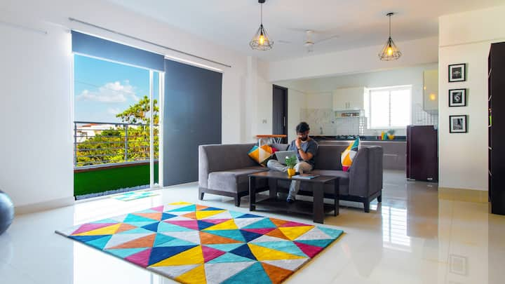 Luxury Room with Garden Balcony@ HSR & Koramangala