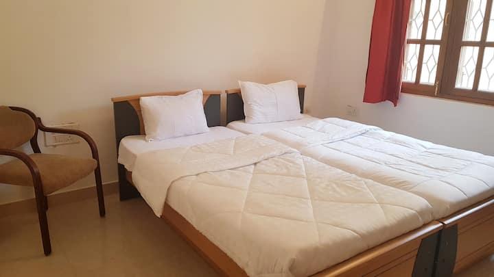 Beautiful Private Room In A Villa Koramangala