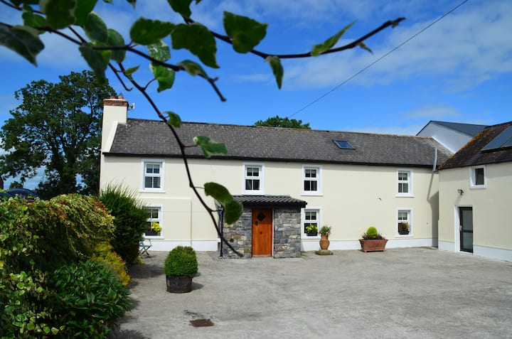 Traditional Farmhouse Kilkenny 10km