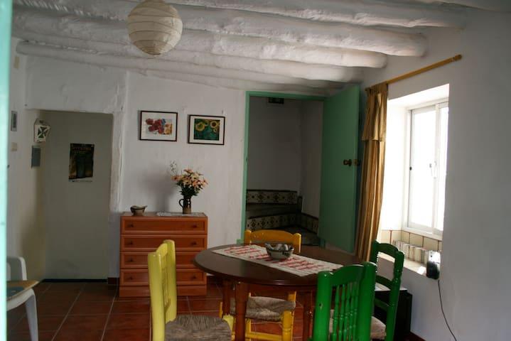 Casa Mari -Traditional Andaluz Home - Canillas de Albaida - บ้าน
