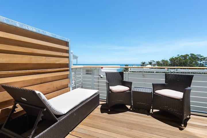 Sunny Camps Bay Retreat