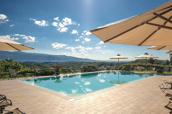 Sfeervolle vakantiewoning in Figline Valdarno met terras