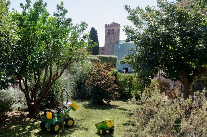 Casa privata con giardino pensile.