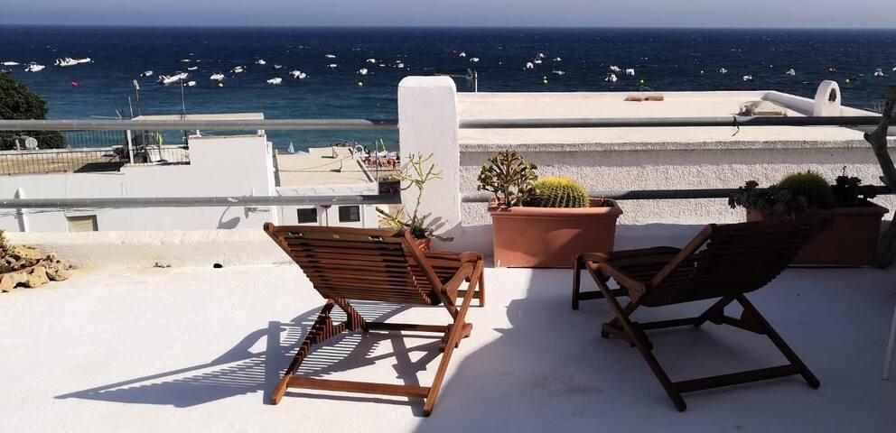 Casa la Chavala, el mediterráneo a tus pies.