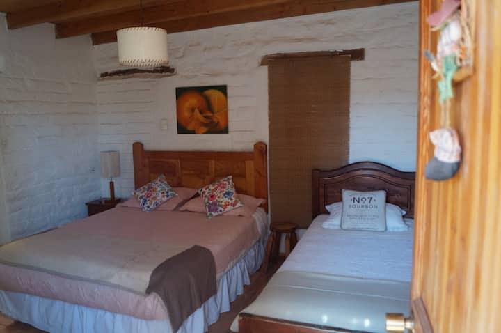 Habitación Matrimonial MEMBRILLO