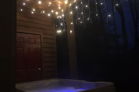 Cozy Gatlinburg Cabin with Hot Tub, Extras!