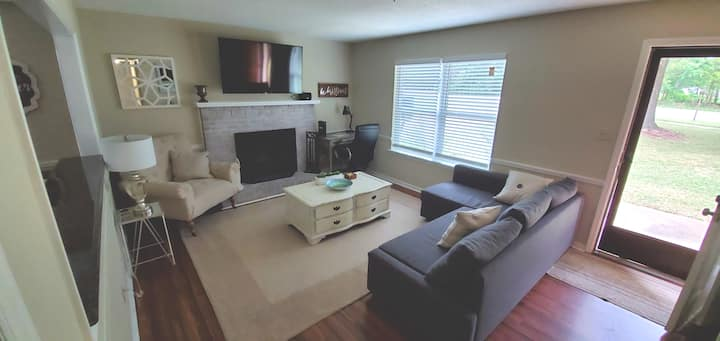 Updated Ranch in S. Charlotte Close to TOP GOLF!