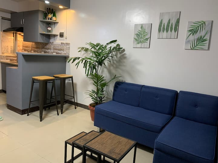 Fully furnished condo unit with free Wifi+NETFLIX