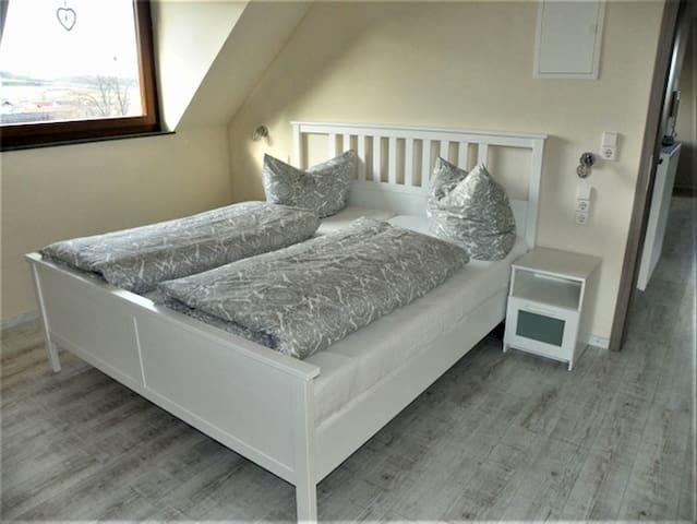 Ferienwohnung Casa Cirelli, (Sasbach-Jechtingen), Ferienwohnung Casa Cirelli, 80qm, 2 Schlafzimmer, max. 4 Personen