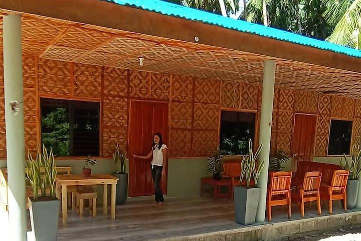 Banaba Tree House Room A