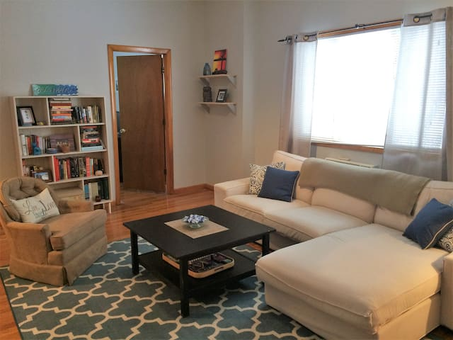 Large 1 Bedroom in Downtown Tarrytown - タリータウン(Tarrytown) - 一軒家