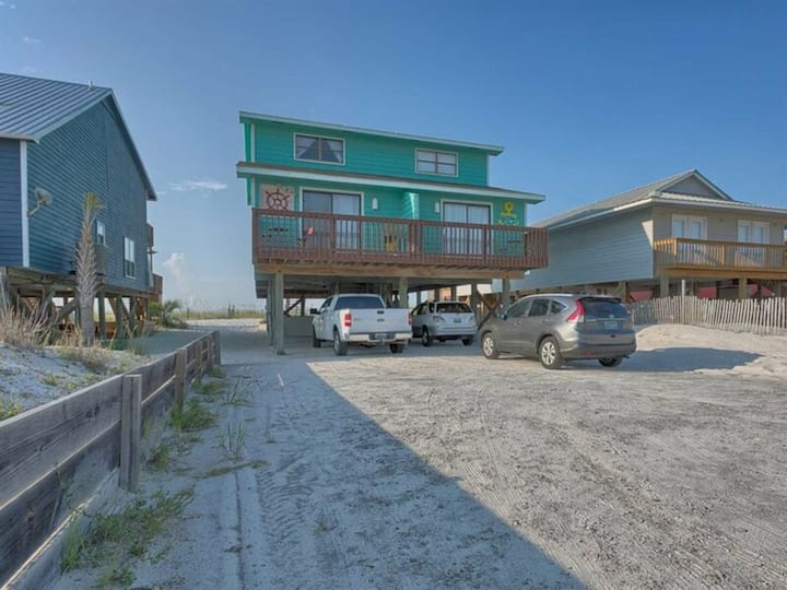 Gulf Dreams by Meyer Vacation Rentals 3 Bedroom 3 Bath Sleeps 8