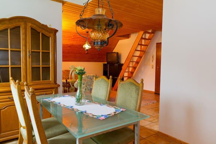 Ferienwohnung und Monteurwohnung - Wiehl - Flat