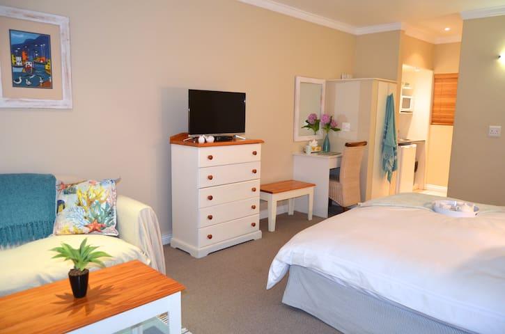 Miss Lucy's @ Port St Francis - Saint Francis Bay - Apartamento