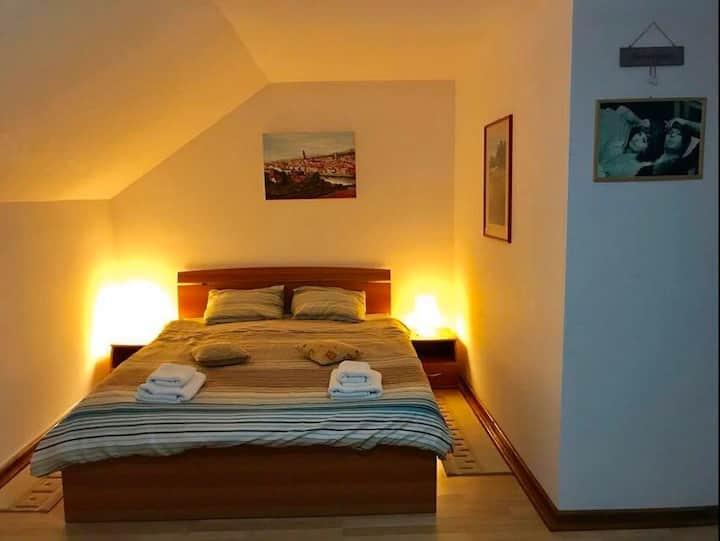 Cabana cu 6 dormitoare, pentru 12-14 persoane