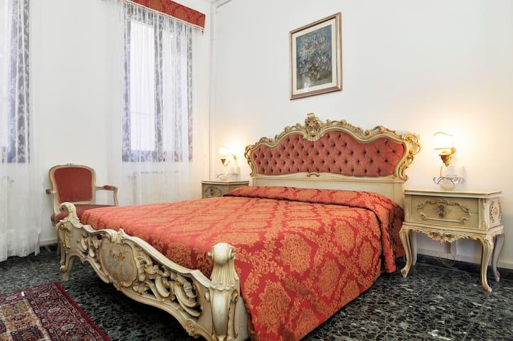 "VENICE - CANNAREGIO ""SAN LEONARDO"" - Venezia  - Appartement"
