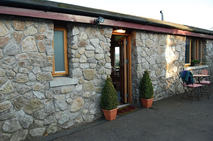 Hillwalkers Cosy Retreat - Wicklow - Stuga