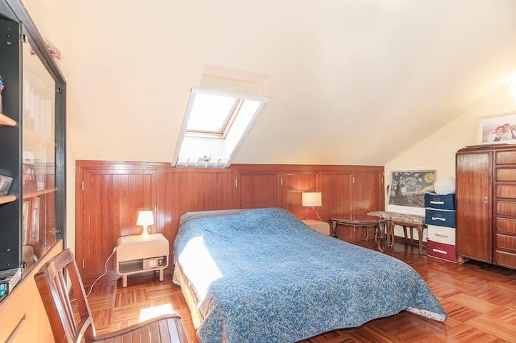 Attic flat in Segrate 80m² (262ft²) - Segrate, Milan - Guest suite