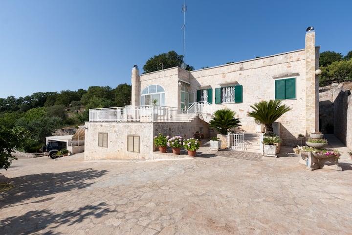 Sehr ruhige 3.5 Zi. Wohnung in Selva di Fasano
