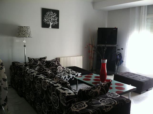 joli appartement vue sur mer - Al Munastîr - Appartement
