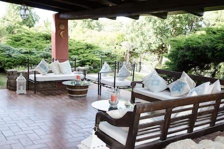 Lovely villa in the green garden  - Ruoni - วิลล่า