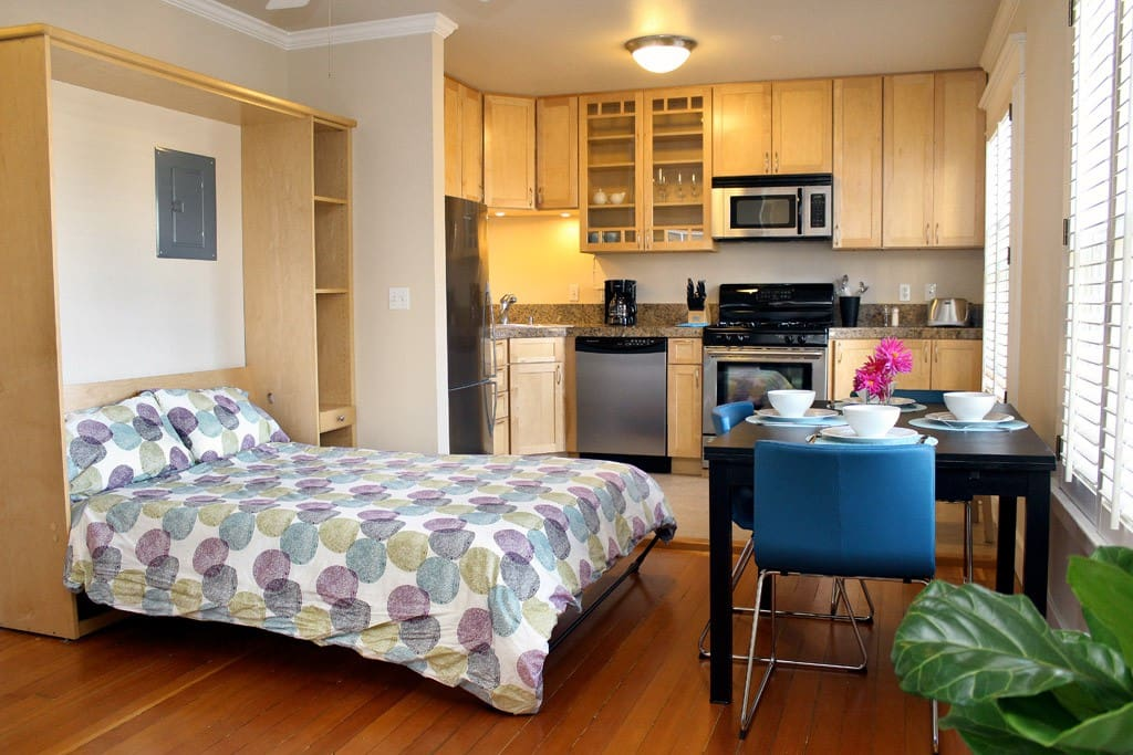 Murphy Bed for additional guest