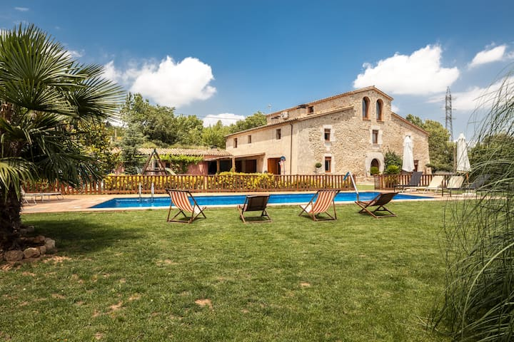 BEAUTIFUL FARMHOUSE 10 MIN. GIRONA - Bescanó - House
