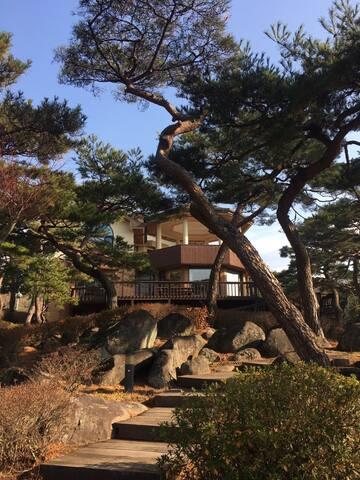 레인보우힐스테이트 (팔공산 인근1000평 소나무숲속거대별장) - Dongmyeong-myeon, Chilgok-gun - Villa