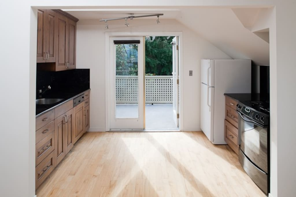 Kitchen and Top Deck