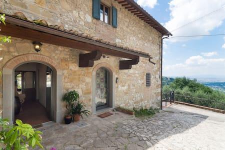 Casa colonica con vista su Firenze,jacuzzi privata - Bagno a Ripoli - Huoneisto