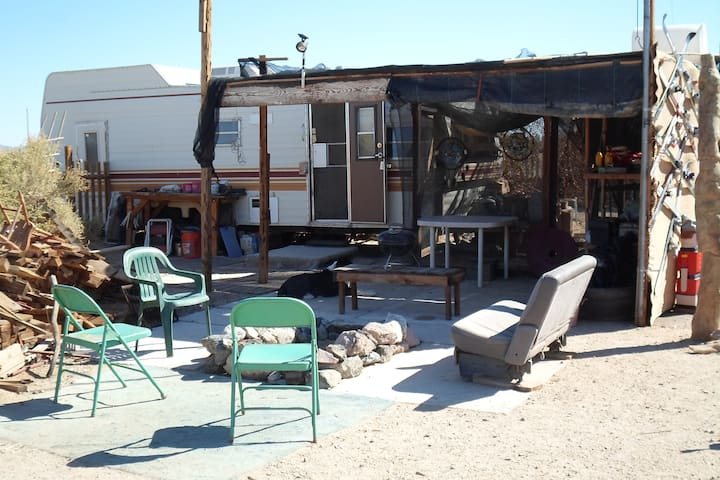 Ca Ponderosa, Slab city-try the rest its the best
