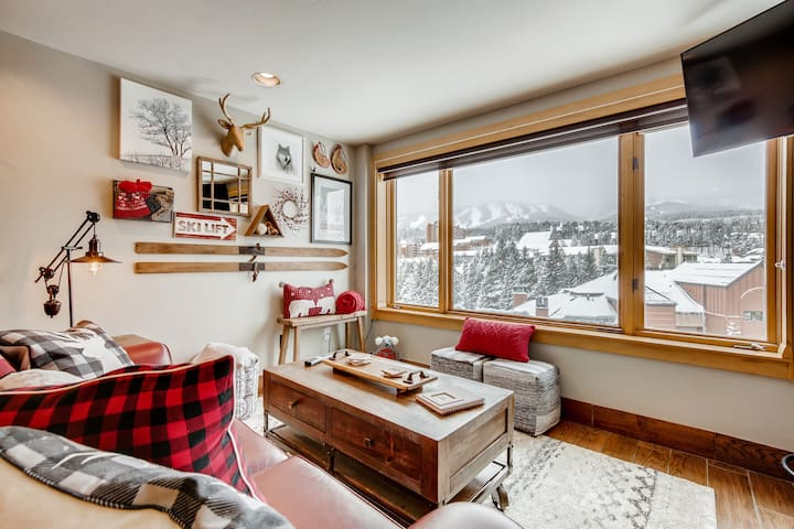 Penthouse Views, Ski On/Off to Quicksilver Lift