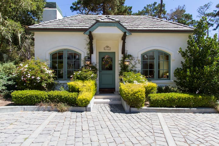 Charming Pebble Beach Cottage