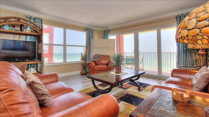 RS1-301: Corner Beachfront Features Magnificent Sunsets in Quiet Redington Beach