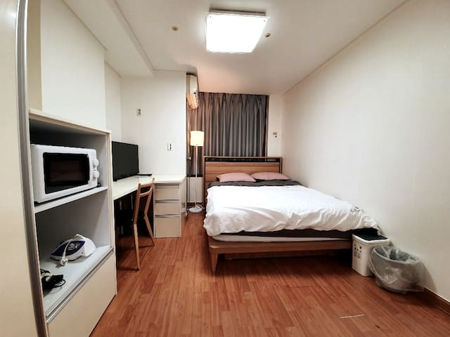 L-House YS03A: GangNam/3 Min to Subway Station