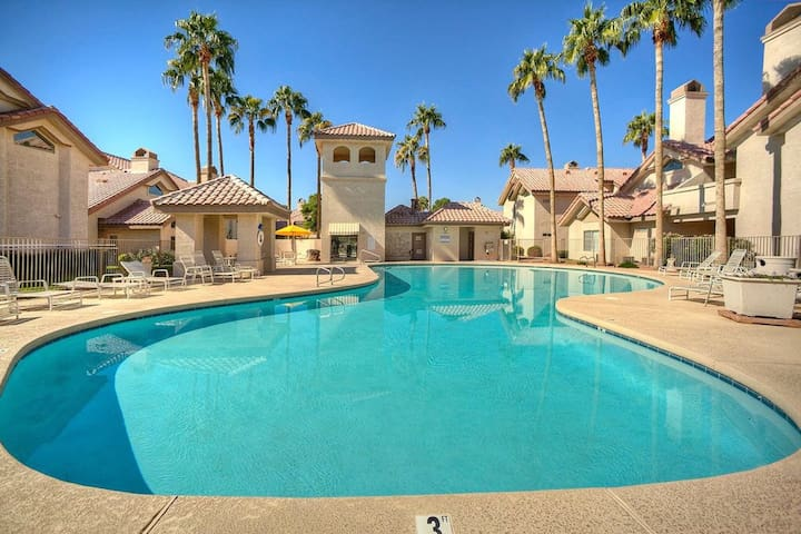 Gated Resort with Pool unit 43 - Goodyear - Apartment
