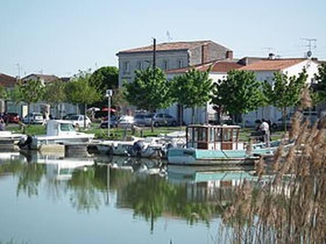 Proche Royan et Côte de Beauté.