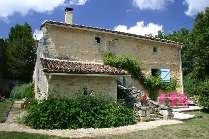 600 year old cottage nr Angouleme - Mainzac - Rumah