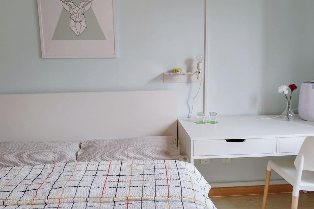 干净的床上用品 Clean bedding