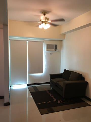 2 Bedroom condo unit near Mt. Carmel, New Manila - Quezon City - Condominium