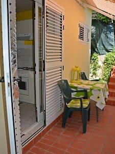 Studio apartment - Gareta - Wohnung