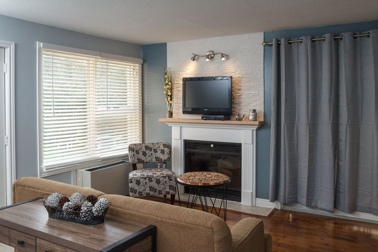 Electric Fireplace, Digital TV, allows for a perfect spot to relax after a long day in the outdoors.  Perfect spot for family time.