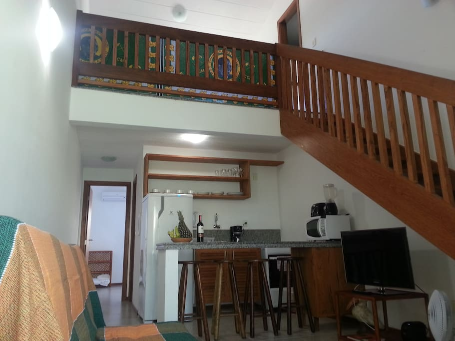 Spacious 2 bedroom (1 bedroom on the mezzanine with an en suite) apartment
