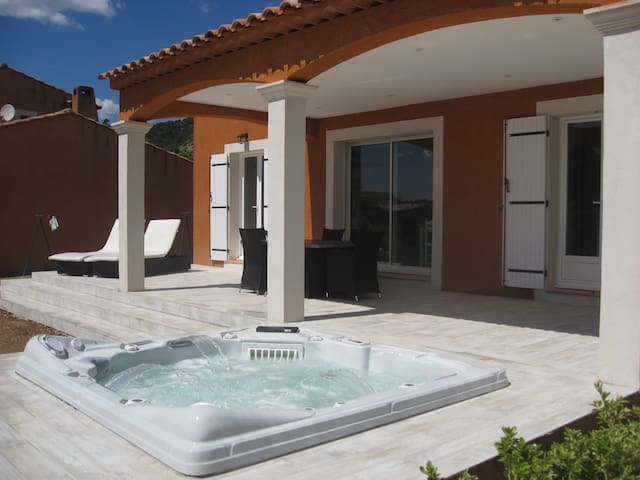 Charming 2 bedrooms villa in Gréoux - Gréoux-les-Bains - House