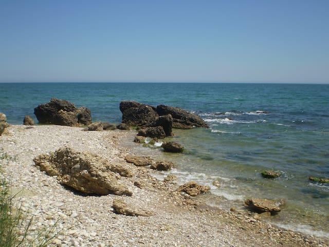House with private access to th sea - Vasto - วิลล่า