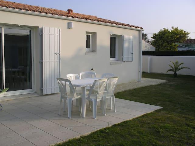 Jolie maison sur l'ile d'Oléron - Saint-Georges-d'Oléron - House