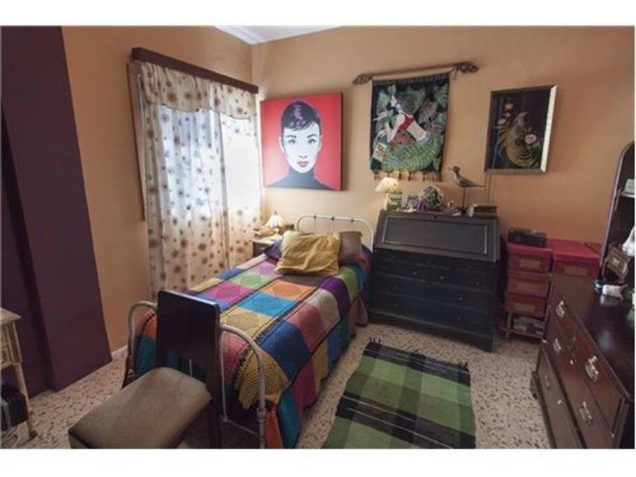Habitación India, con servicio de cuarto de baño completo