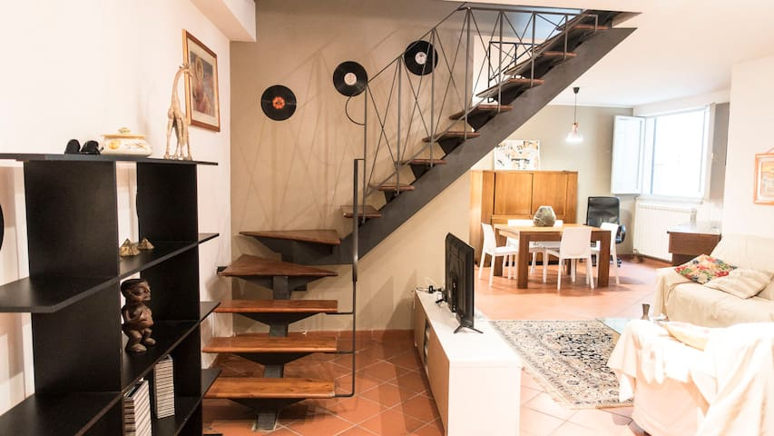 Jazz Apartments in Perugia historical town