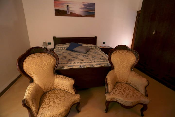 """DOUBLE ROOM """" LE COLOMBE"""" - Bussolengo"""